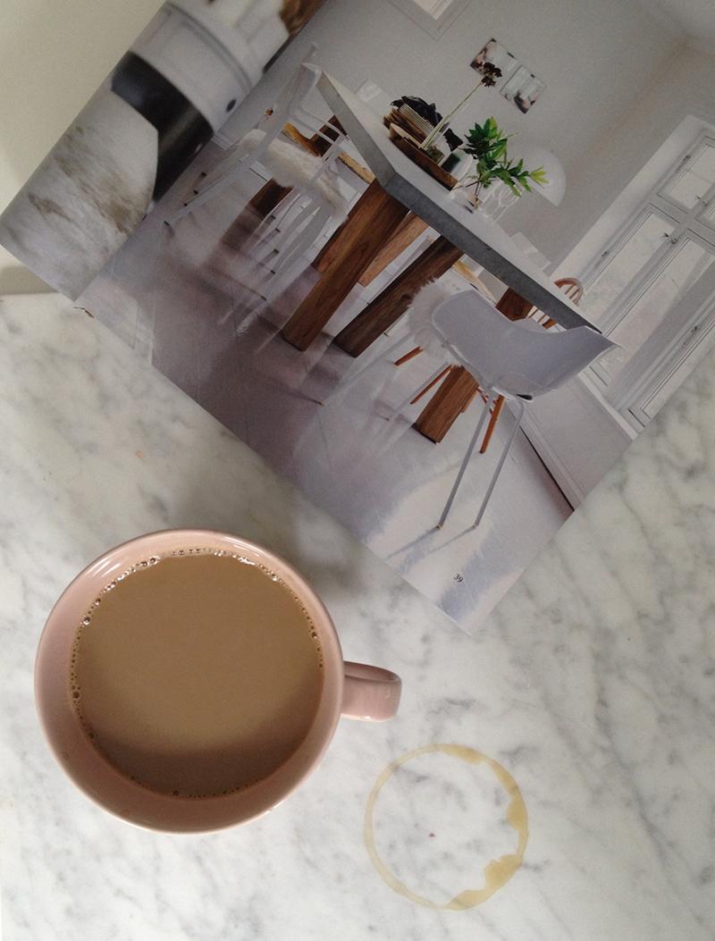 PS. Valitsetko sinäkin kahvikupin fiiliksen mukaan?   Ystäväni osti minulle tämän suuren Koko-kupin syntymäpäivälahjaksi. Tämä on minulle erityisen tärkeä, kuten antajansakin.